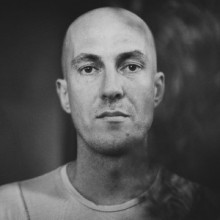 Julian-Jeweil-ARTIST-OF-THE-WEEK-CHART-300x300