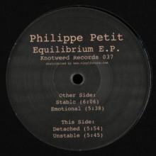 Philippe Petit - Equilibrium (Knotweed)